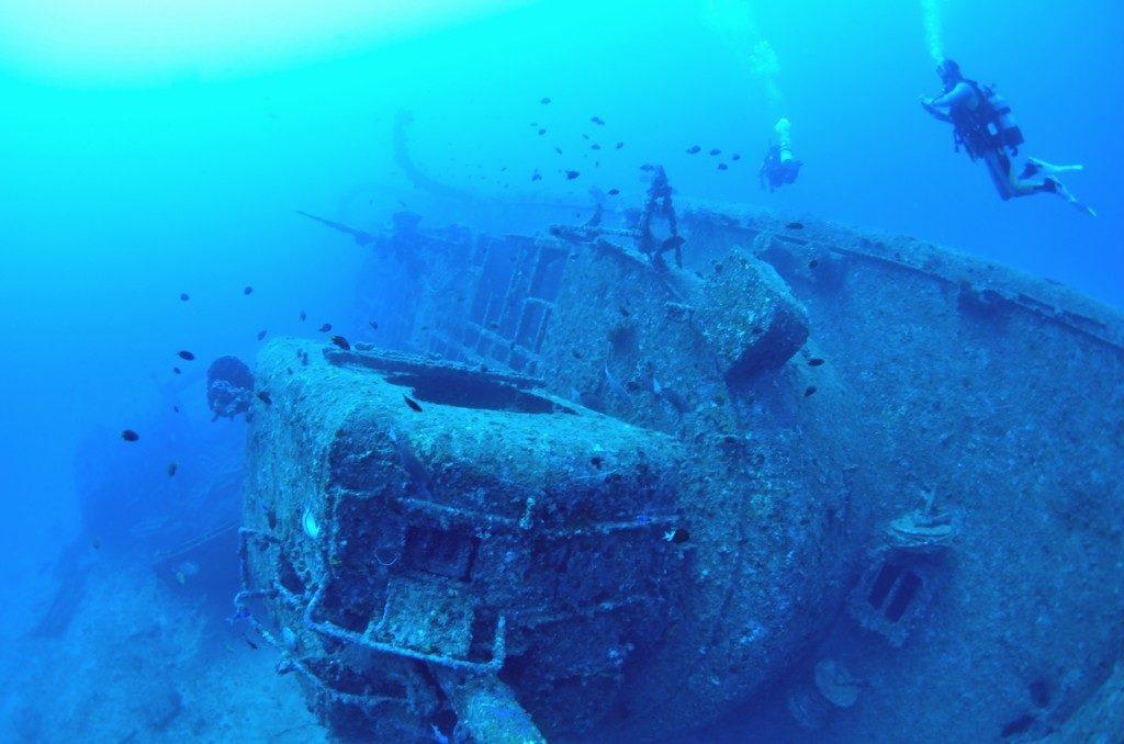 沈没船 USSエモンズ 船首2