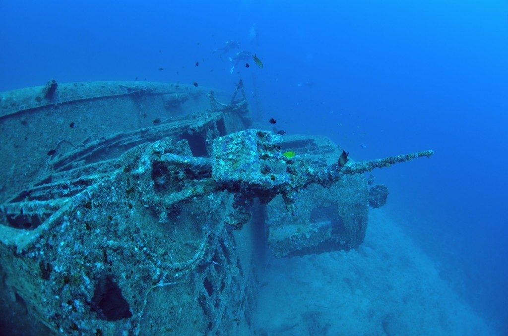 沈没船 USSエモンズ 中央1