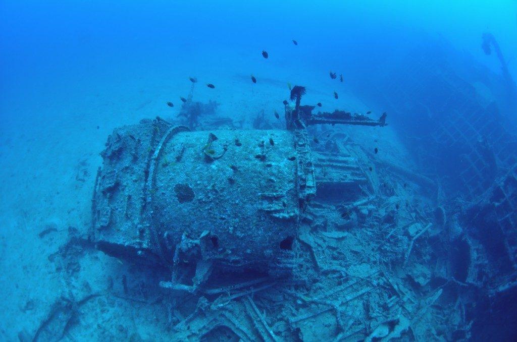 沈没船 USSエモンズ 中央2