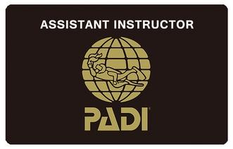 PADIアシスタント・インストラクター 最短4日間コース