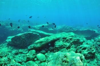 砂辺遺跡ポイント 沖縄の海底遺跡