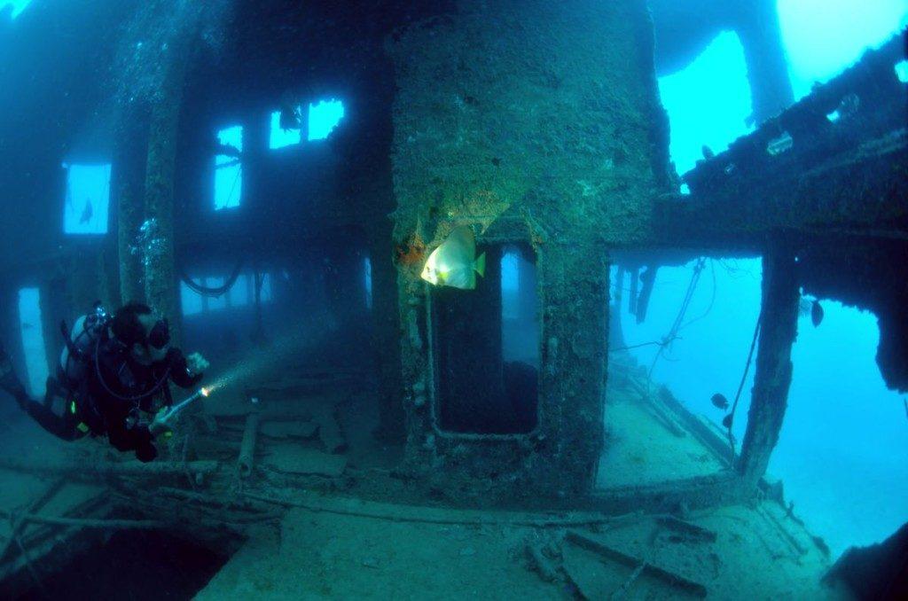 宮古島の沈没船ポイント