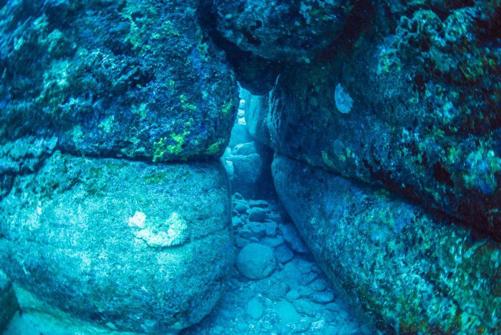沖縄 与那国海底遺跡 城門