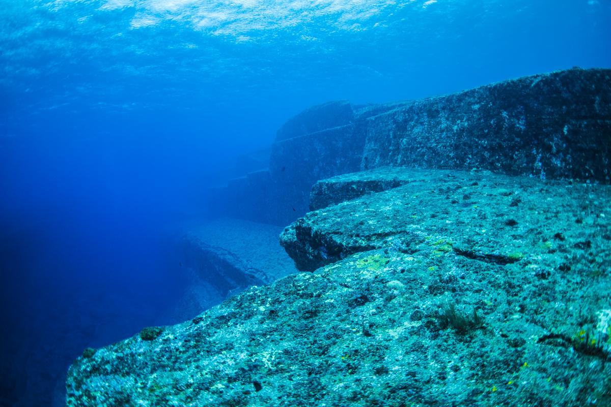 与那国海底遺跡 メインテラス(全体)