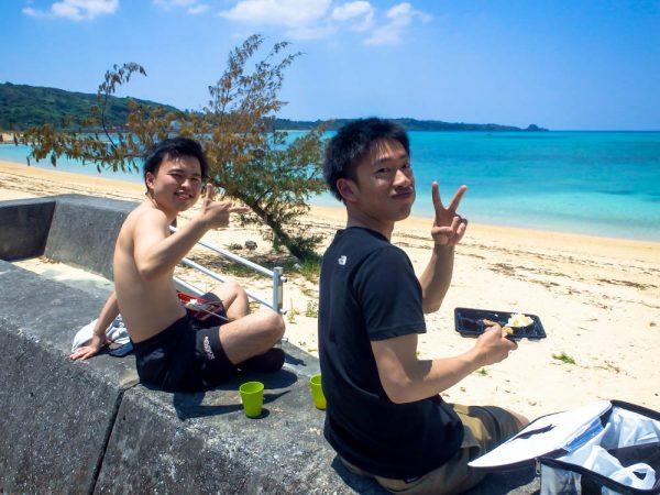 沖縄の海でお待ちしていました。