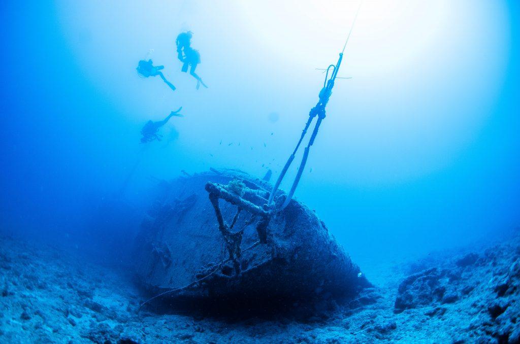 恩納村から出発 沈没船 エモンズ ダイビング