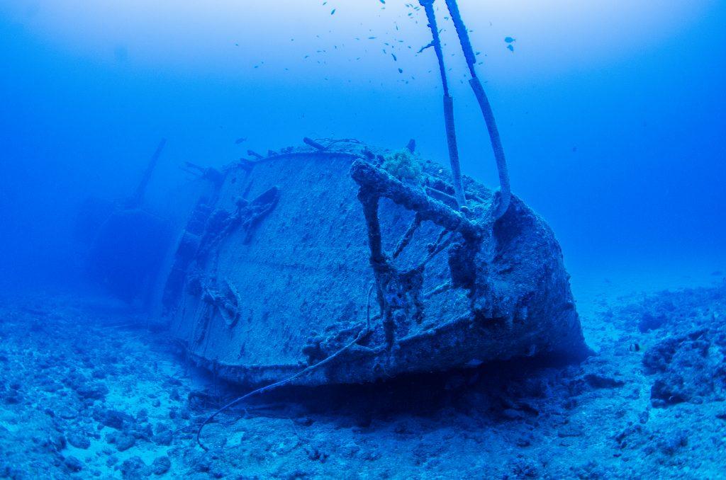 沖縄最大の沈没船 エモンズ ファンダイビング