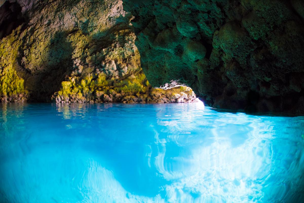 話題の青の洞窟でPADIダイビングライセンスを取得