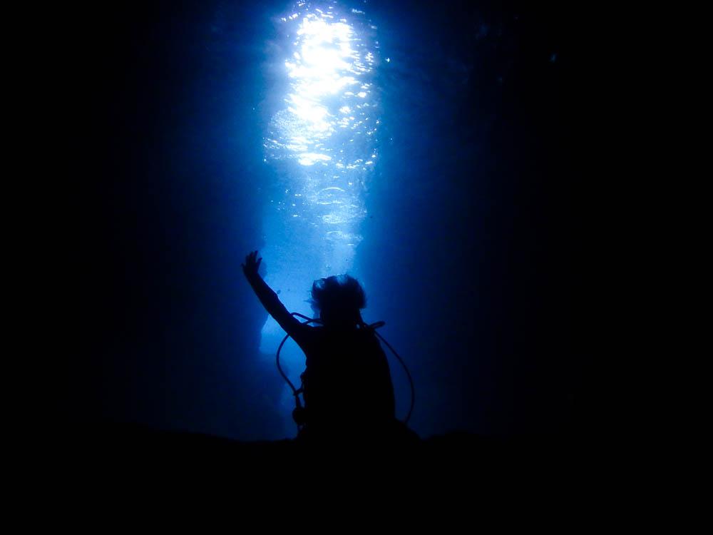 ゆっくり青の洞窟を堪能してきました!!
