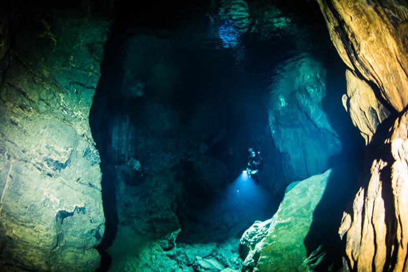 宜名真海底鍾乳洞