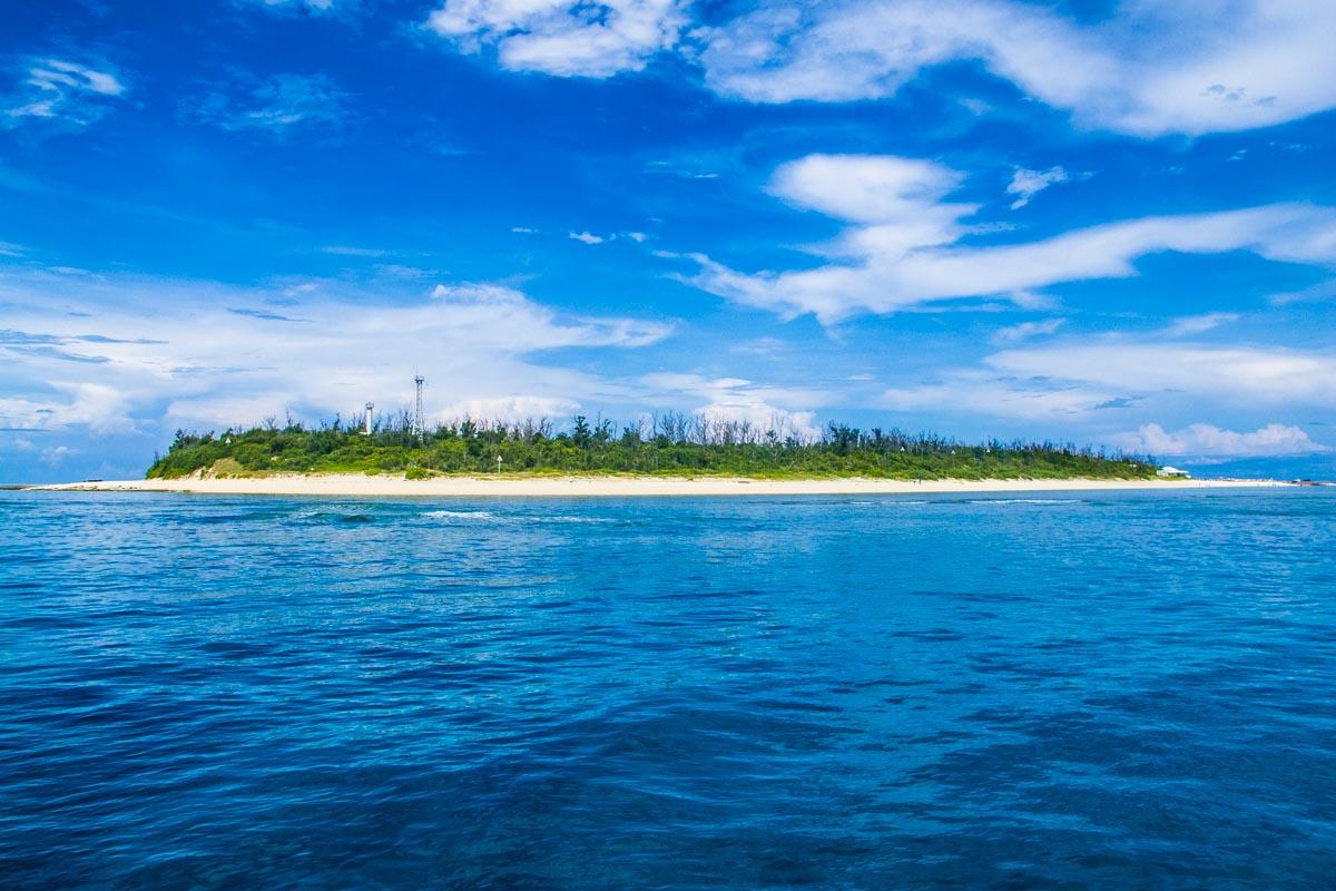 水納島(沖縄北部の離島)・体験ダイビング