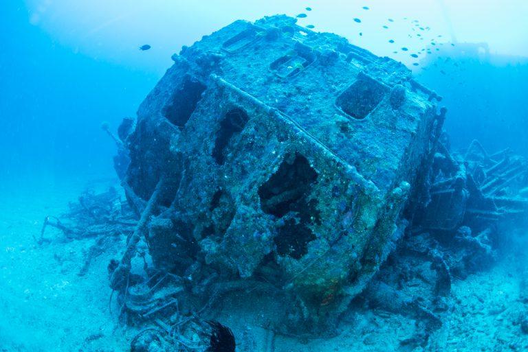 Mk.37 砲射撃指揮装置  沖縄沈没船・エモンズ