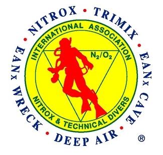 IANTD 国際ナイトロックステクニカルダイビング協会