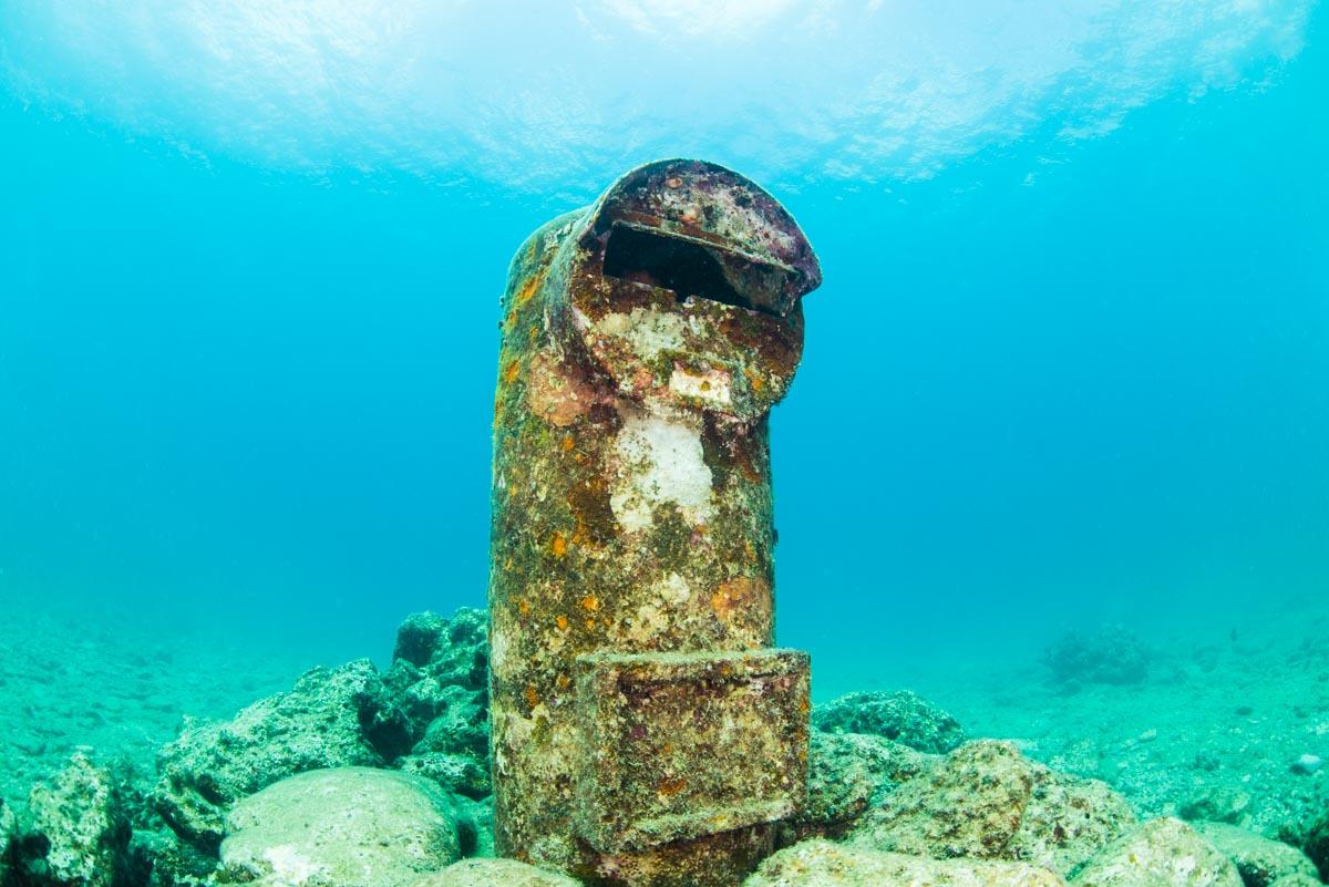 海底ポスト・水中写真