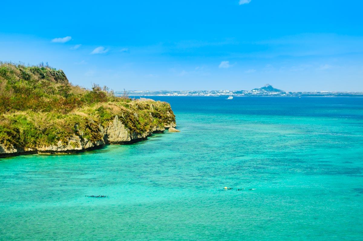 瀬底島について