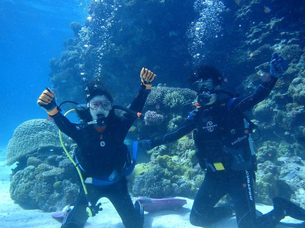 水納島DE体験ダイビング٩(ˊᗜˋ*)و熱々カップルきーたー