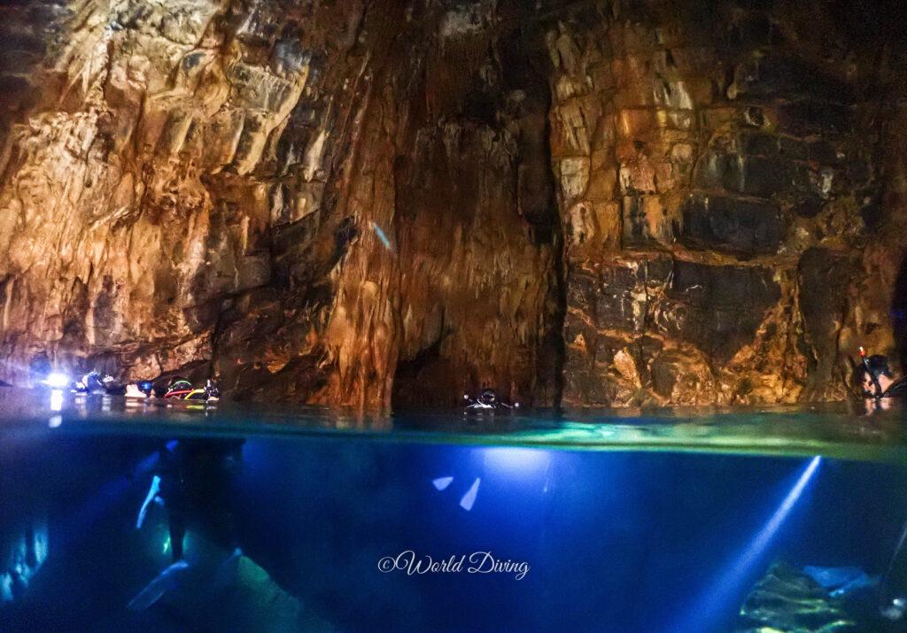 辺戸岬ドーム海底鍾乳洞・ドリフトダイビング